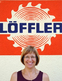 <b>Petra Löffler</b><br> Büro & Buchhaltung<br> fibu@loeffler-werkzeuge.de